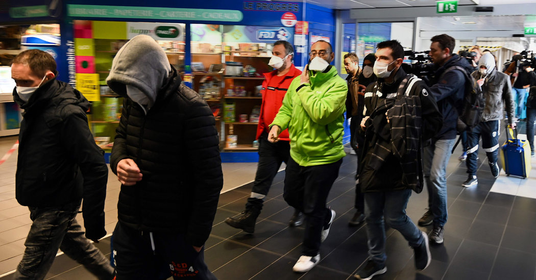 Coronavirus Live Updates: Outbreaks Raise Fears of Pandemic